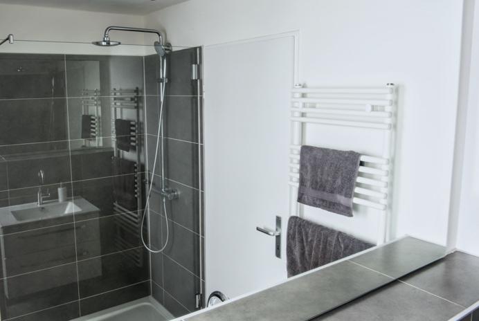 Ratzeburg | Glasduschen und Trennwände für Walk In Duschen oder Badewannen
